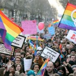 Thousands of gay rights campaigners take part in pro-gay marriage march in Paris Photo: AFP/GETTY